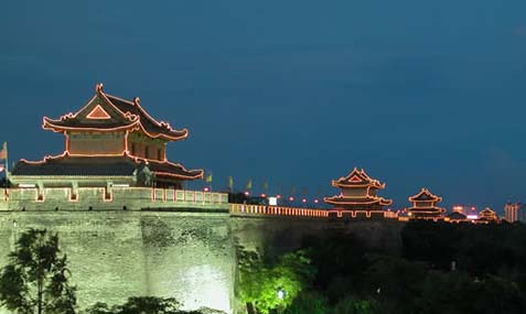the nightscene of xian city wall